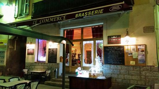 Saint Andre Les Alpes, Frankrig: Cafe le Commerce