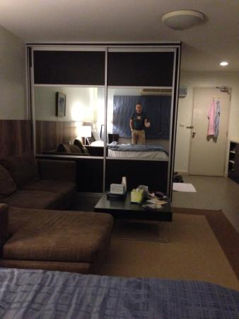 Sathorn Terrace Apartment: photo2.jpg