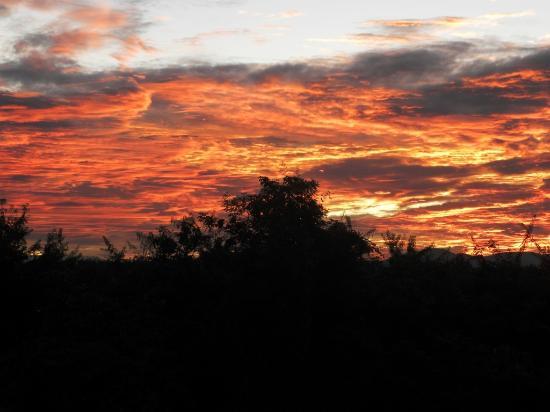 Muang Sing, Laos: Adima Guesthouse - Cocher de soleil