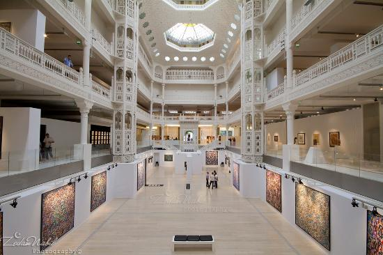 vue intérieur du MAMA - Bild von Museum of Modern Art Algiers ...