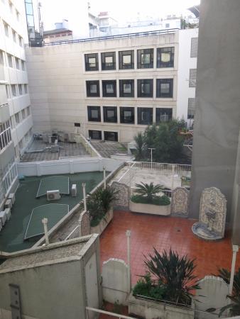 Sana Reno Hotel Blick In Den Innenhof