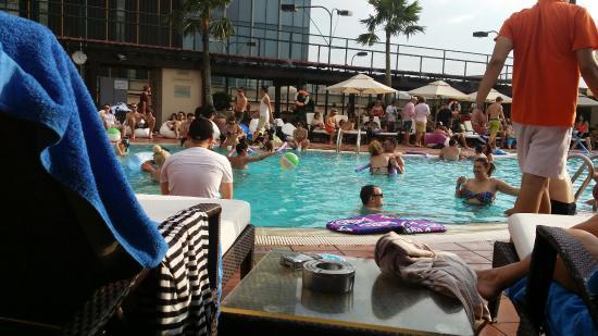 Saigon Soul Pool Party : 20160102_155445_large.jpg