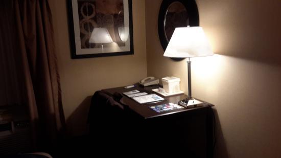 Comfort Inn: Desk