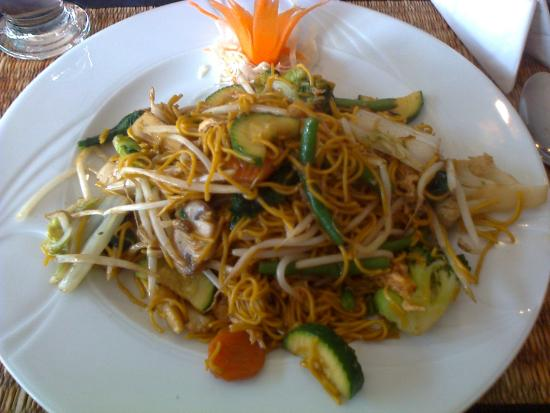 Charminster, UK: A delicious Thai meal
