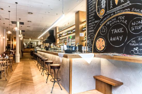 Cullera de boix rambla catalunya barcelona l 39 eixample for Restaurante cullera de boix