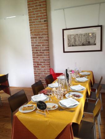 Cascina Forestina : Tavolo della Sala superiore