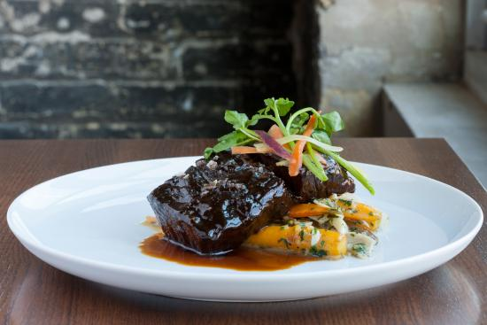 Highwood, IL: Braised Short Rib
