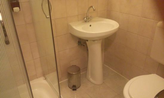 King's Hotel: Ванная комната