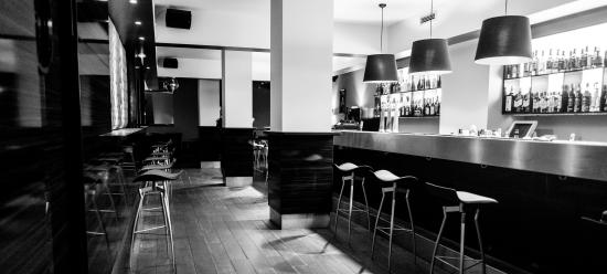 Bar Club Contemporain Les Artistes, Strasbourg - Restaurant Avis ...