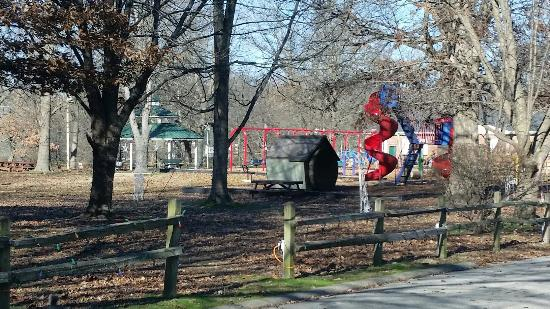 Olney City Park: Playground