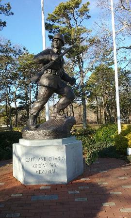 John F. Kennedy Memorial: Memorial