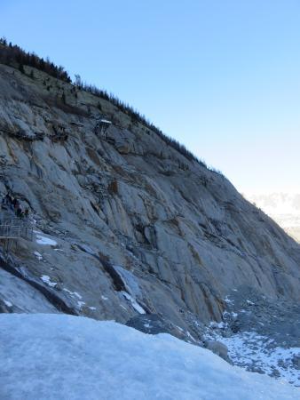 Montenvers Train - La Mer de Glace: Escaliers pour descendre mer de glace