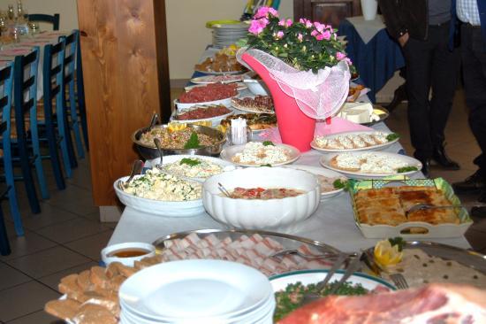 Campertogno, Italien: buffet antipasti battesimo