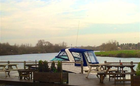 Waters Edge Bramerton: photo0.jpg