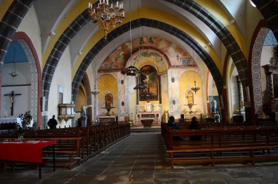 Saissac, Francia: The Church