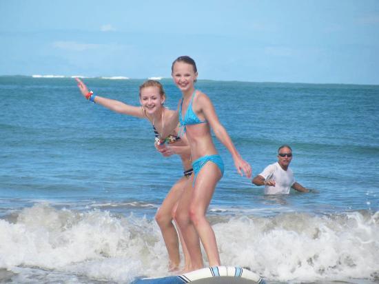 East Island Surfing Adventures : girls surfing