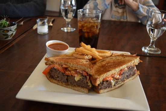 King City, Califórnia: Venison Meatloaf Sandwich