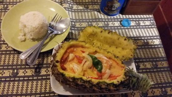 Coconut garden: Ananas mit Shrimps