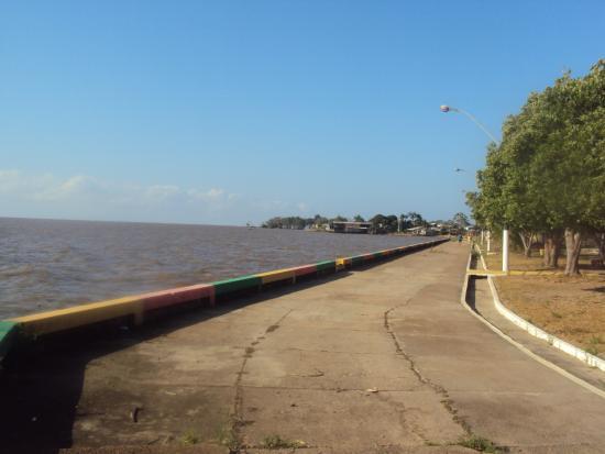 Beach Araxa: Na curva do Rio Amazonas
