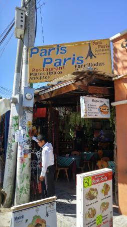 Paris Paris: Entrance
