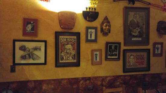 Blind Lemon's Restaurant & Cafe: Blues artwork all over the place