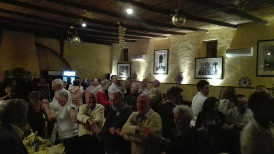 Santa Barbara de Nexe, Portugal: New year's eve at la piazza