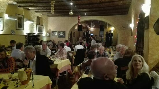 Santa Barbara de Nexe, Portugal: New year's eve at la piazza