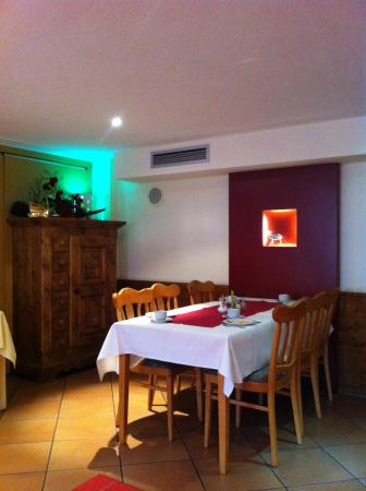 Frankenried, Germany: sala colazione