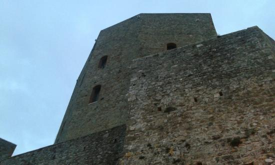 Rocca di Montefiore Conca