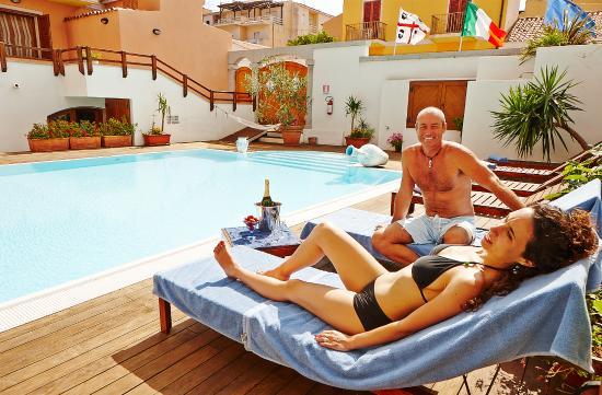 Residence Cristal Blu : Relax in piscina