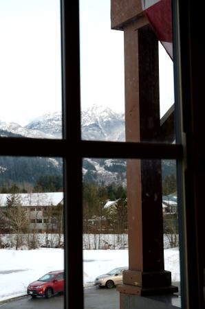 Pemberton Gateway Village Suites Hotel: Looking NE from kitchenette window