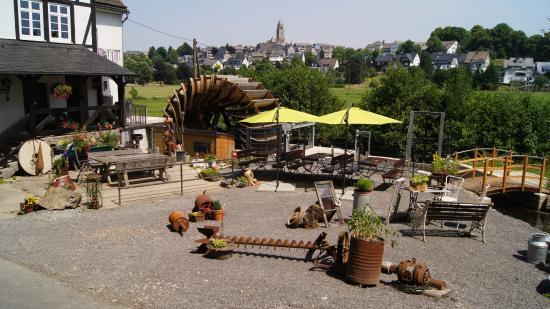 Cafe Zeit Am Wasserrad