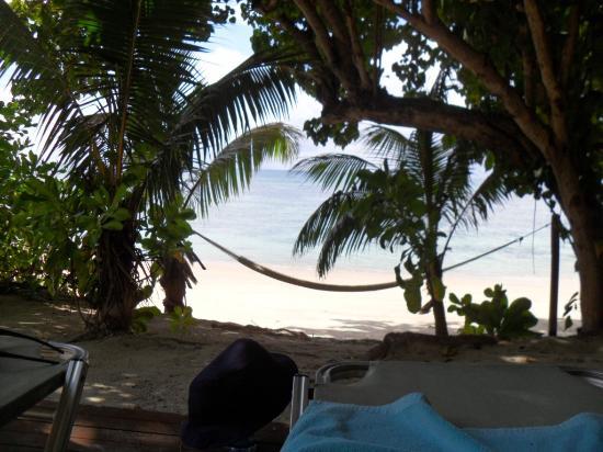 Coco de Mer - Black Parrot Suites: hammock on the beach