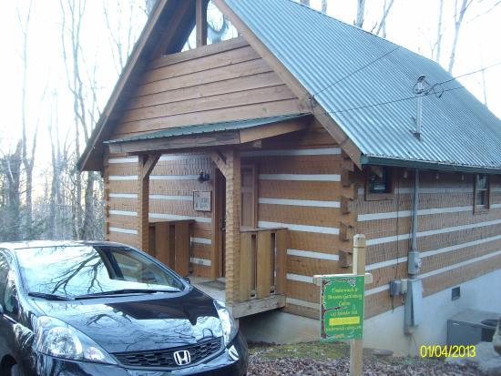 Timberwinds Log Cabins: small but beautiful