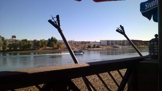 Laughlin Adventure Tours: Vista do Rio Colorado do Deck restaurante
