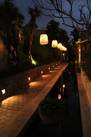 The Purist Villas and Spa: Magical Nightime