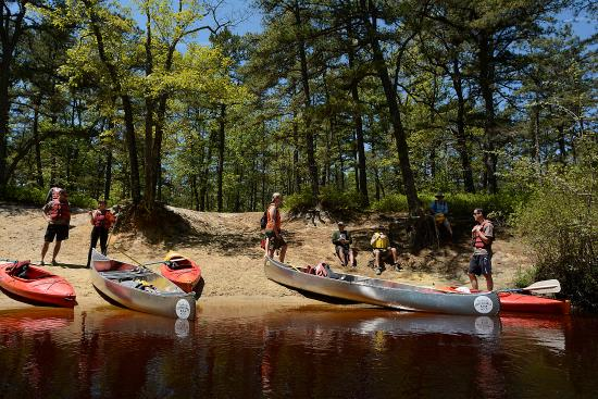 Shamong, NJ: Picnicking on a sandy beach along a Pine Barrens river in New Jersey.
