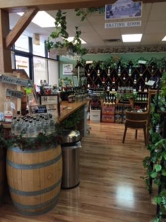 Ozark, MO: Wine Tasting Room