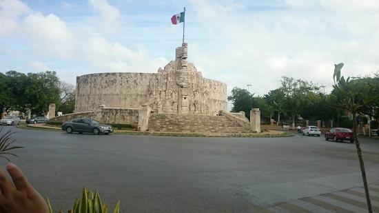 Paseo de Montejo Photo