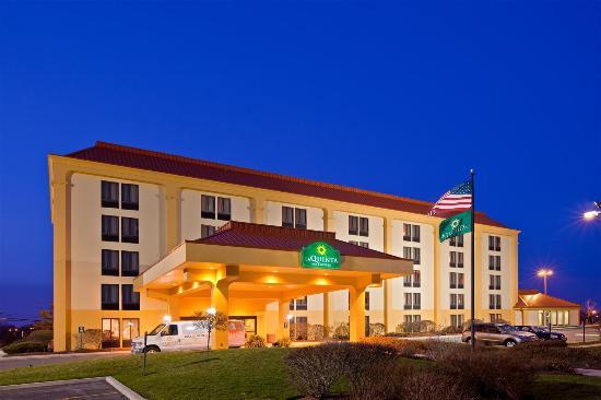 Photo of La Quinta Inn & Suites Rochester South