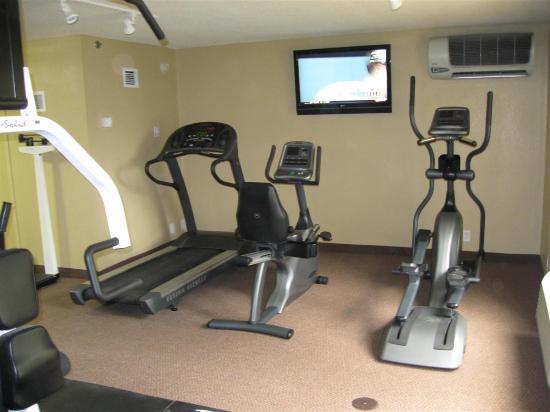 La Quinta Inn & Suites Cleveland Airport West : Health club