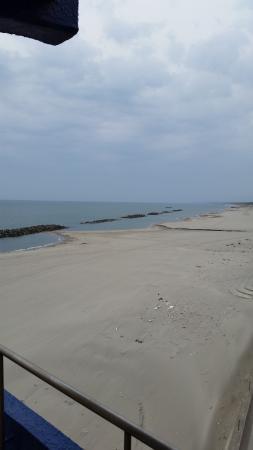 旅館前の湯野浜海岸