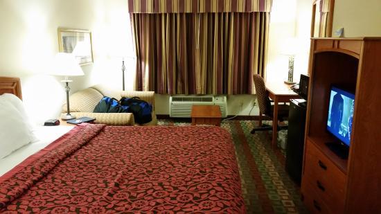 Days Inn - Mystic: our room
