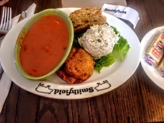 Smithfield, VA: Tomatoe bisque, chicken salad and a sweet potato ham roll!