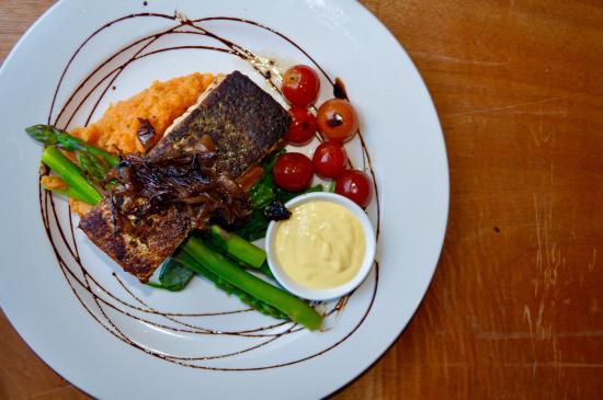 Cafe Grove: .salmon