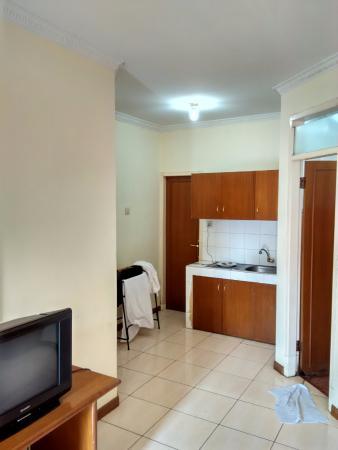 Puspa Sari Hotel Ciater: kamar yang lumayan luas, tempat cuci piring yang kotor
