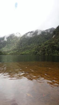 Laguna de los Condores: DSC04176_large.jpg
