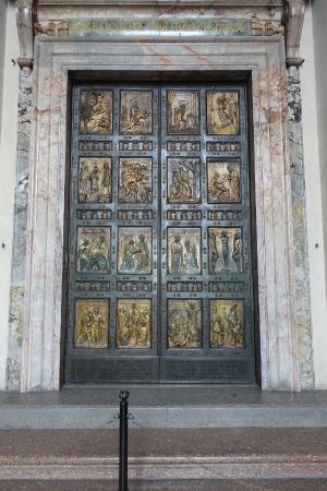 Porta santa foto di porta santa citt del vaticano - Immagini porta santa ...