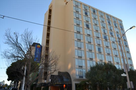 Comfort Inn by the Bay: Outside