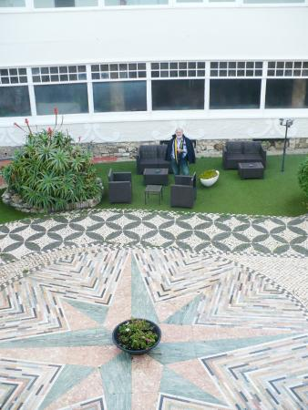 Estalagem do Forte Muchaxo: The internal Patio for a smoke ...